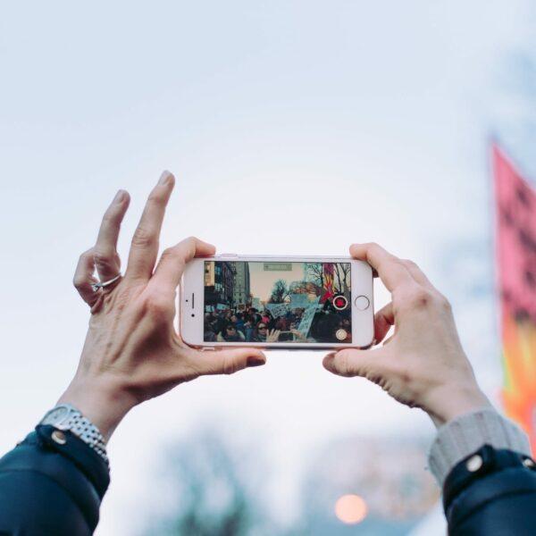 Videozeugnisse für Livestream-Gottesdienste